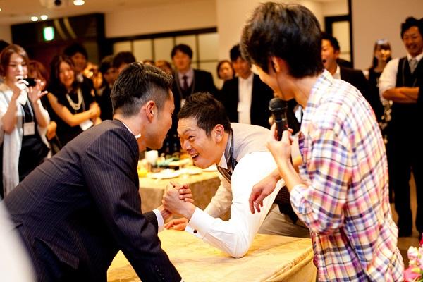 結婚式二次会の風景